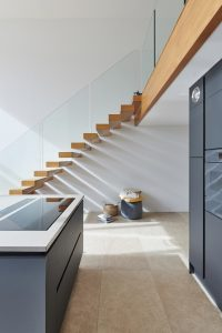 What to Consider when Choosing a Floating Staircase